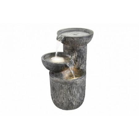 Zahradní fontána / kašna s tekoucí vodou, osvětlená