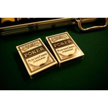 2 balíčky plastových hracích karet