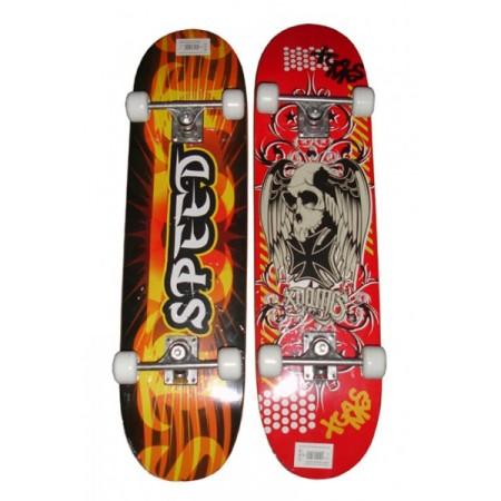 Skateboard s ALU zpevněným podvozkem