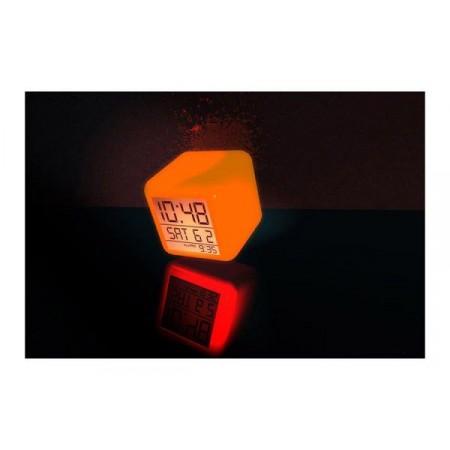 Dekorativní LED budík ve tvaru kostky, digitální displej