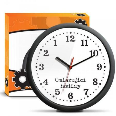 Vtipné dárkové hodiny na stěnu - omlazující hodiny, průměr 30 cm